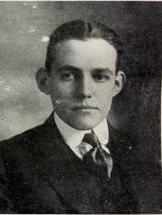WarMemorialRichmondYoungHarvardAB-1916-Op